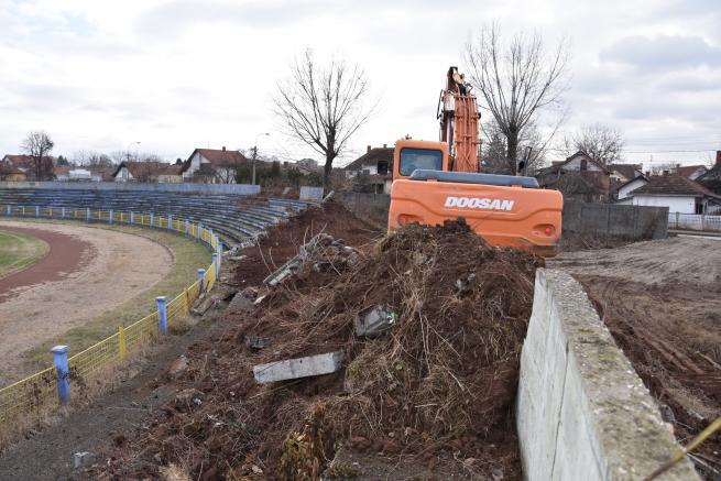 Počeli radovi na  izgradnji atletskog stadiona